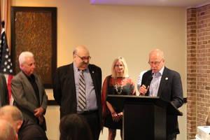 Team Lane Hosts Dinner Honoring Outgoing Mayor Goldberg