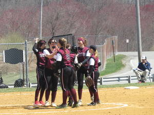 Newton Softball Team Wins by One Over High Point