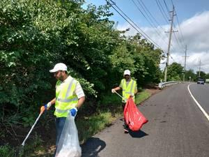 Piscataway Muslim Center Hosts Adopt-A-Highway Cleanup Event