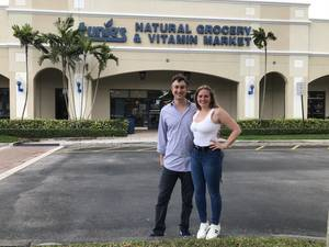 New managers of Tunie's Market in Coral Springs, Dave Weishaus and his wife Audra Walter.