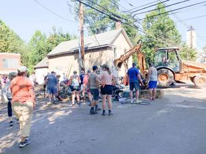 Lambertville Neighbors Come Together to Clean Storm Debris