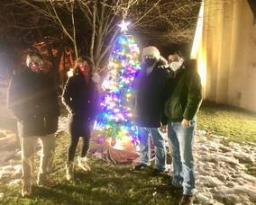 Bergen Point Tree Lighting Celebrates Holiday Spirit