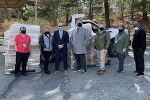 Sparta Schools Receive PPE Donation from Ocean State Job Lot