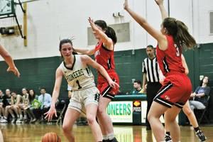 Girls Basketball Player Lindsay Kinum is Named Joe Eberle Weichert Realtors Pioneer Athlete of the Week