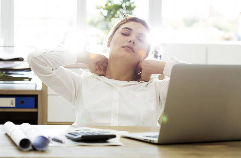 3 Ways to Fix the Neck & Shoulder Pain You Feel While Working from Home