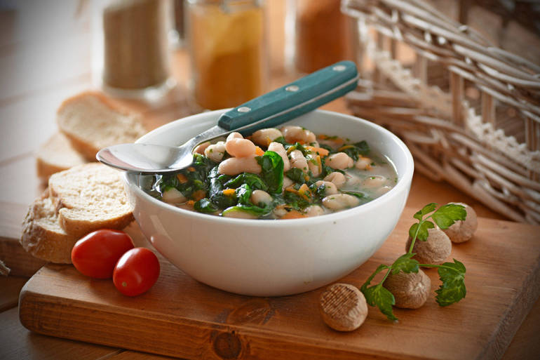Delicious and Healthy Comfort Food: Spinach and Bean Soup.