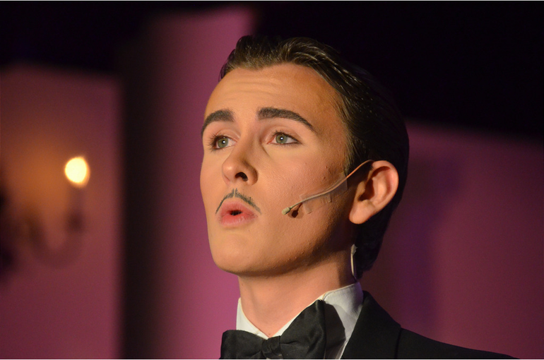 James Maloney as Billy Flynn.png