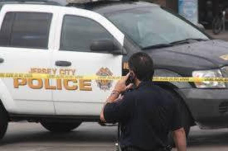 Best crop 70e6cec019900b762a56 jersey city police 2