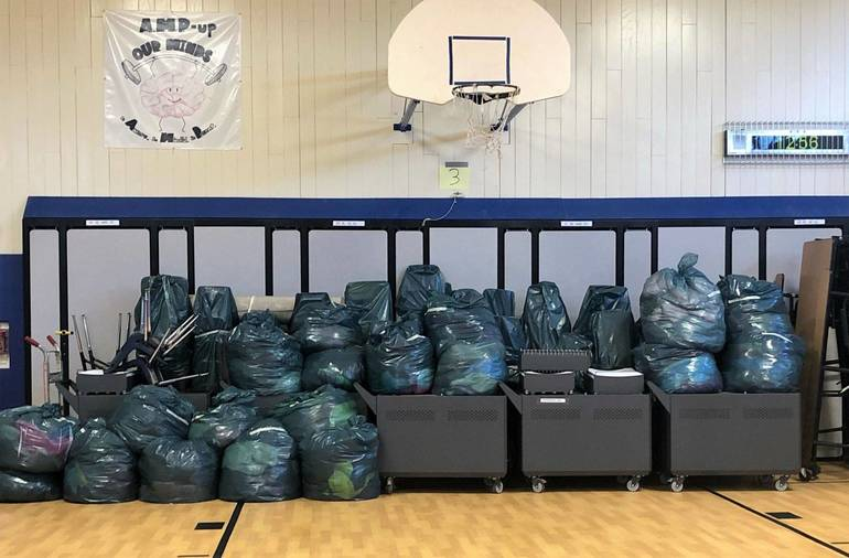 Jefferson School Early Act Club Supports Community over the Holidays
