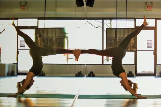 Top story e69fef16137d4653a16d jen shulman yoga  2