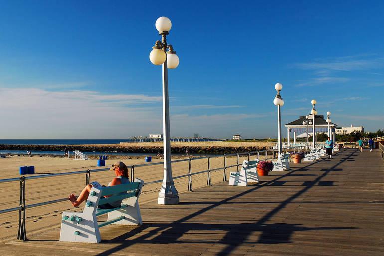 Atlantic Ocean in Avon by the Sea, New Jersey.jpg