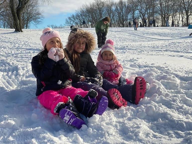JohannaCaruzo_SnowKids_SNOW.jpg