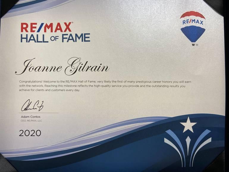 Joanne Award.jpg