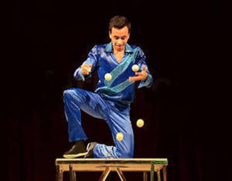 Juggler.jpg