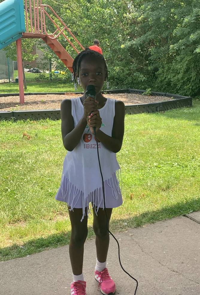 Karaoke Day at McGillvray Day Camp (Picture 1).JPEG