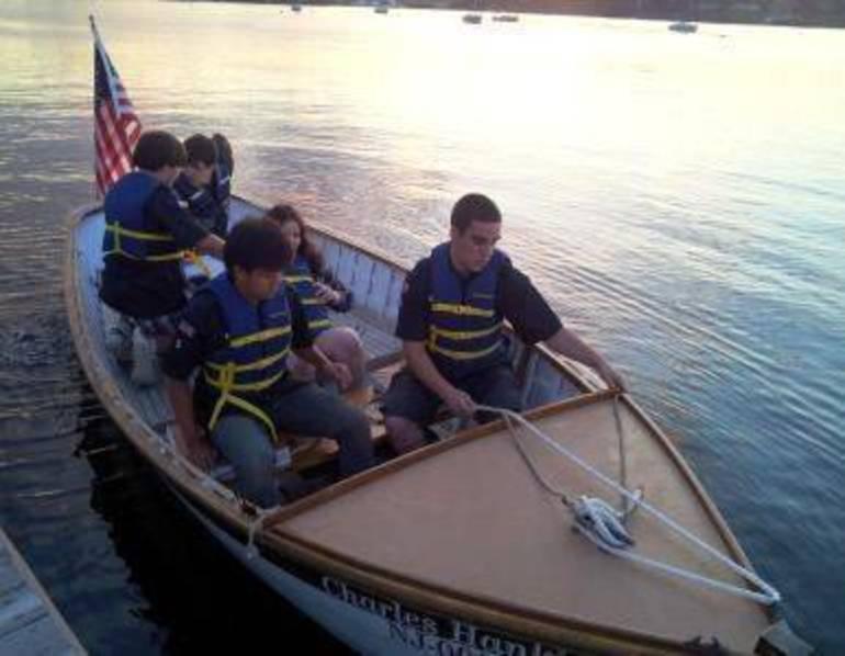 Kids powerboat.jpg