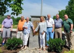 Carousel image bca074abc8538f98c972 kiwanis members at the new memorial