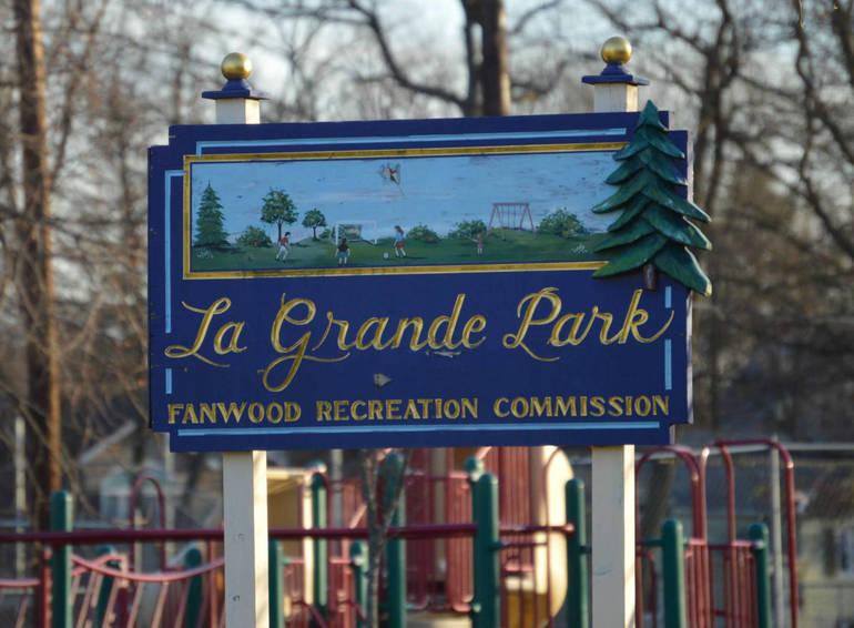 lagrande park sign.jpg
