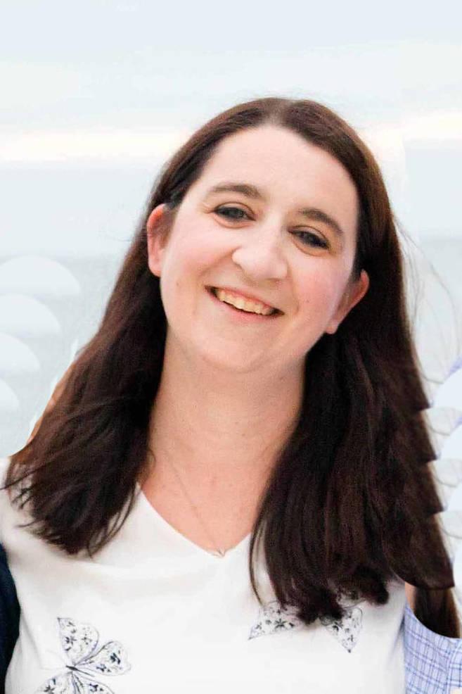 Lauren Barr (1).jpg
