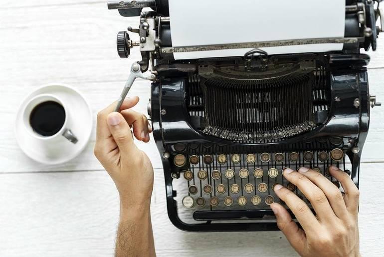 letter technology-3230663_960_720.jpg