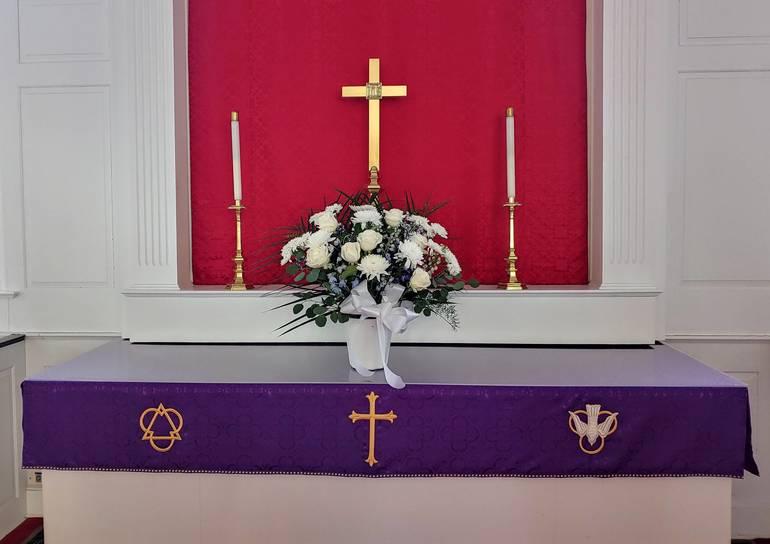 Best crop daa0cc8ac9aeb6f51fa0 lent altar