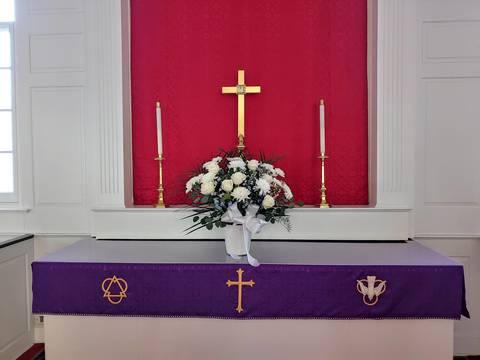 Top story 66186134de7a92e81e6e lent altar