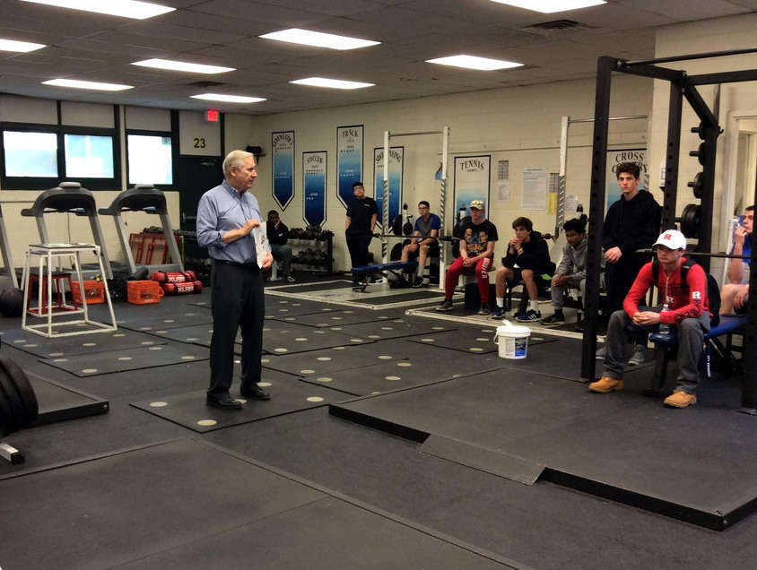 Mayor Al Smith talks to students at Scotch Plains-Fanwood High School