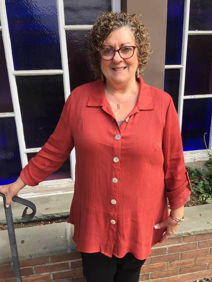 Linda Groszew.jpg