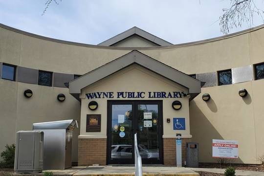 Top story 9dce2bee22a1fcbeaf94 library front