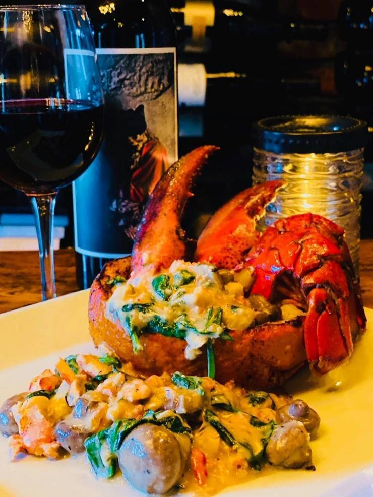 lobster thermidor 2020.jpg