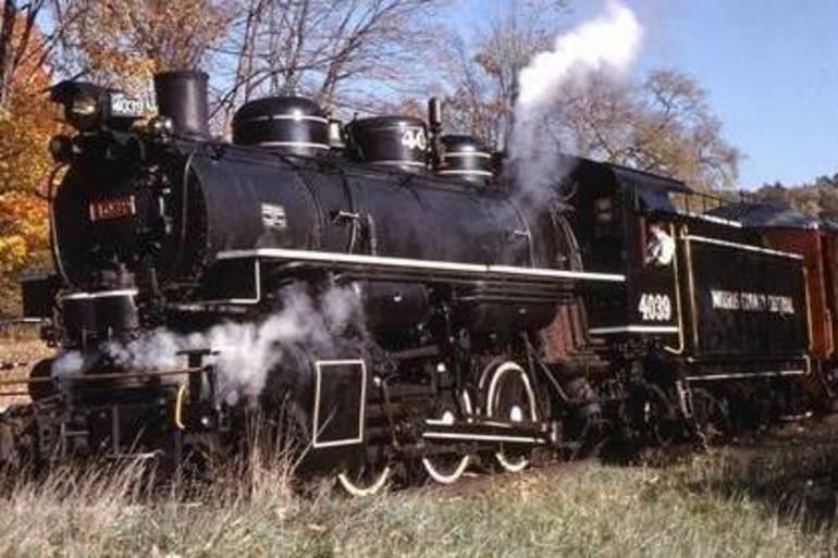 Wanted: Photos of Roxbury Railroaders