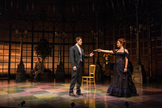 Top story 06fa519c4afd6e5b7d15  l r  boyd gaines  andrew veenstra  and sierra boggess in the age of inn...