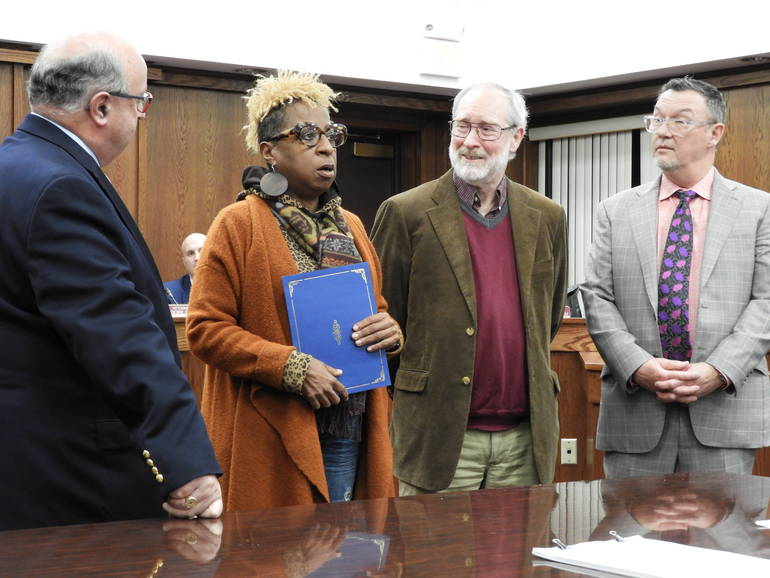 (l to r) Mayor Pat Menna, Gilda Rogers and Mark Fitzsimmons of the T. Thomas Fortune House, Councilman Ed Zipprich.JPG