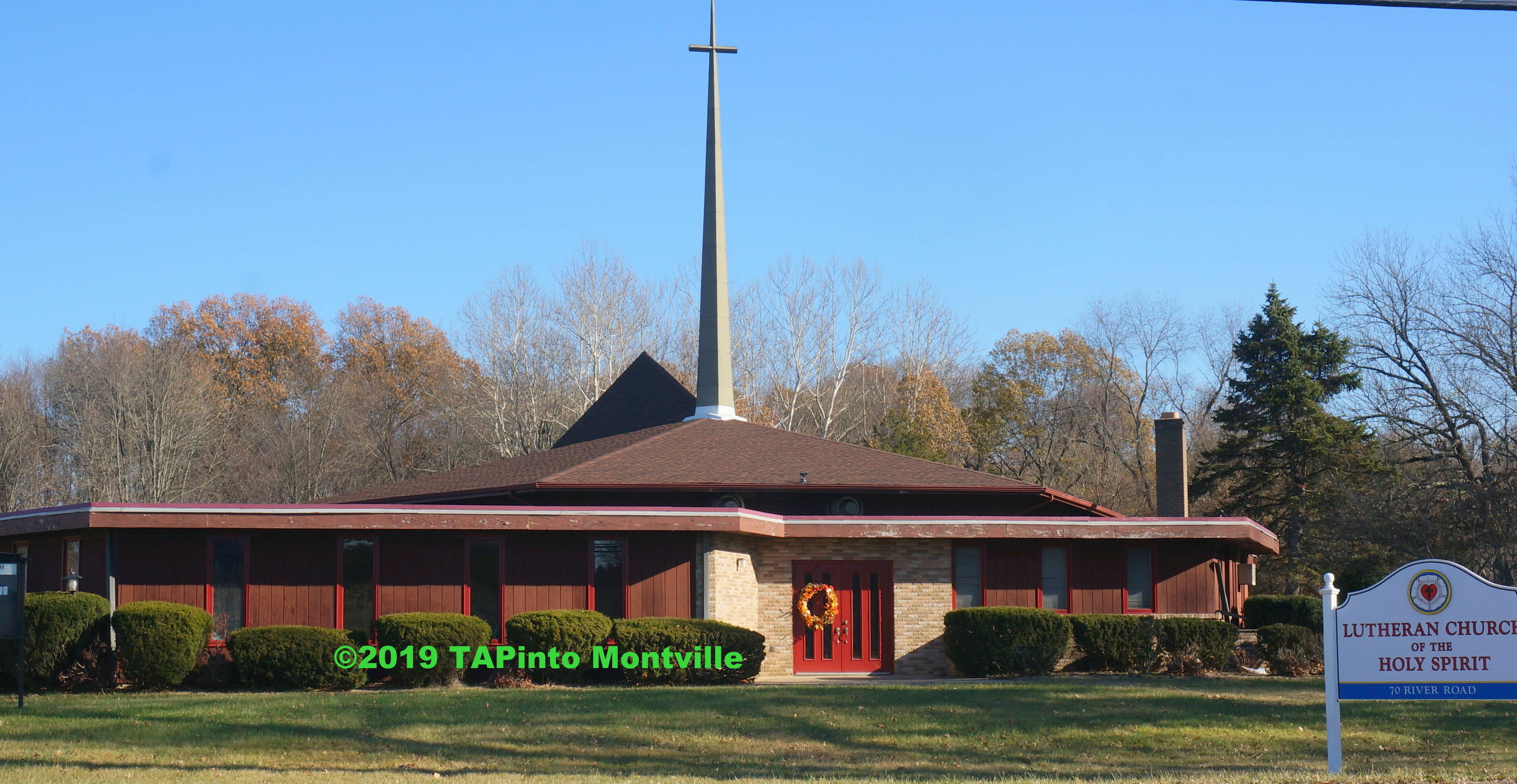 Lutheran Church of the Holy Spirit ©2019 TAPinto Montville    Melissa Benno   1..JPG