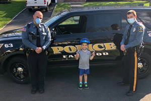 Carousel_image_5719a29881feca216c7b_luke_haight_with_fanwood_police_officers_dan_piccola_and_mike_rusin