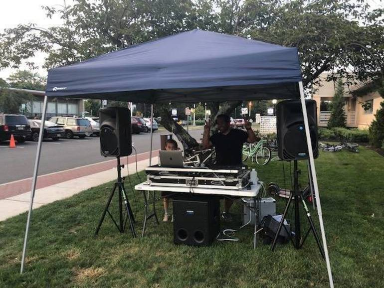 Marin Entertainment NNO 2019.jpg