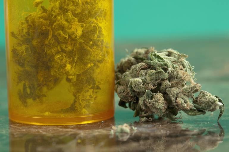 Best crop 9a3737cc8025eea6c20b marijuanabottlehc1612 source