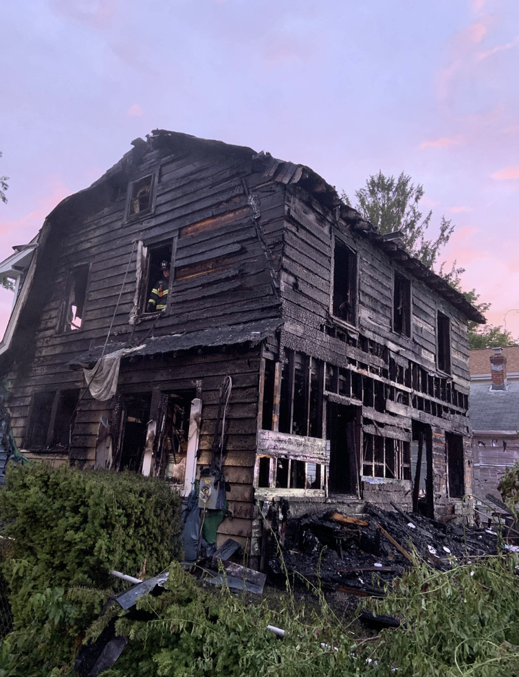 Maplewoodhousefire.png