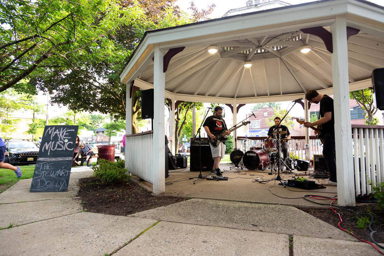 MAKE MUSIC DAY RETURNS TO ROSELLE PARK JUNE 21