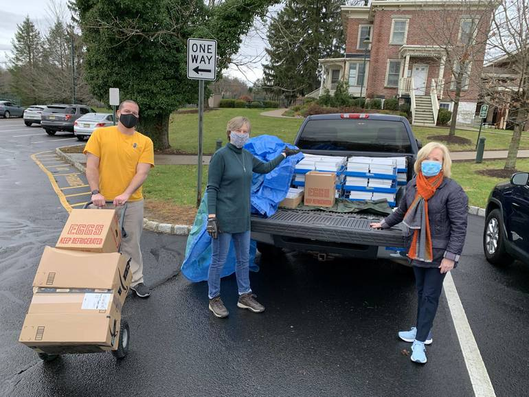 Record Number of Families Receive Thanksgiving Feasts from Project Self-Sufficiency