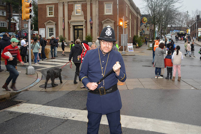 Maintaining order Constable Bill Smith of Narberth.JPG