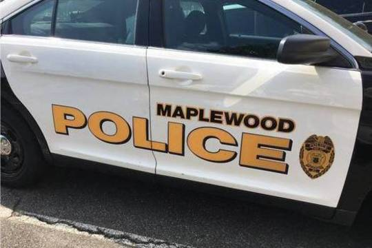 Top story b7341115d3c30b67eb75 maplewood police car