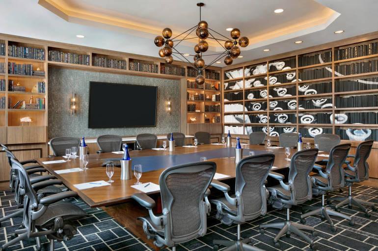 Meeting Room - Trade Winds Boardroom - 1286290.jpg