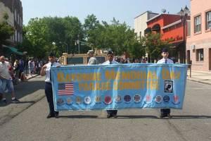 Carousel image 7d4ef50a2eda36cab267 memorial day parade