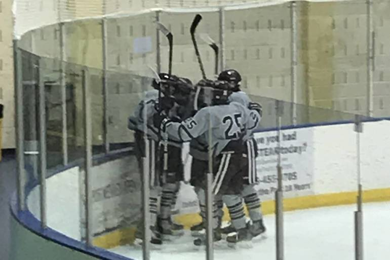mhs ice  hockey.jpg