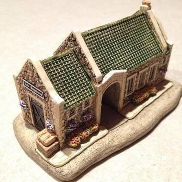 Miniature-Station-2.jpg