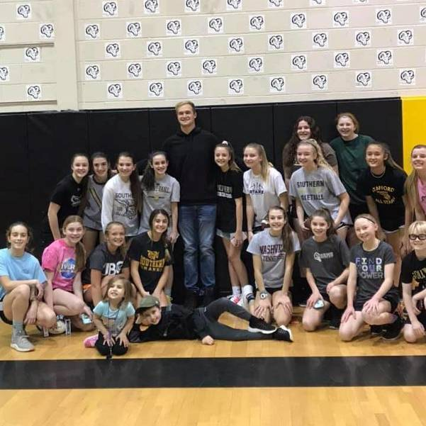 Mike Gesicki with SRMS Girls Basketball Team