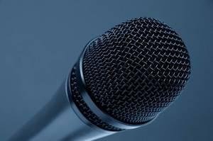Carousel image 2d2871f0bbd1481617b3 microphone 298587 960 720