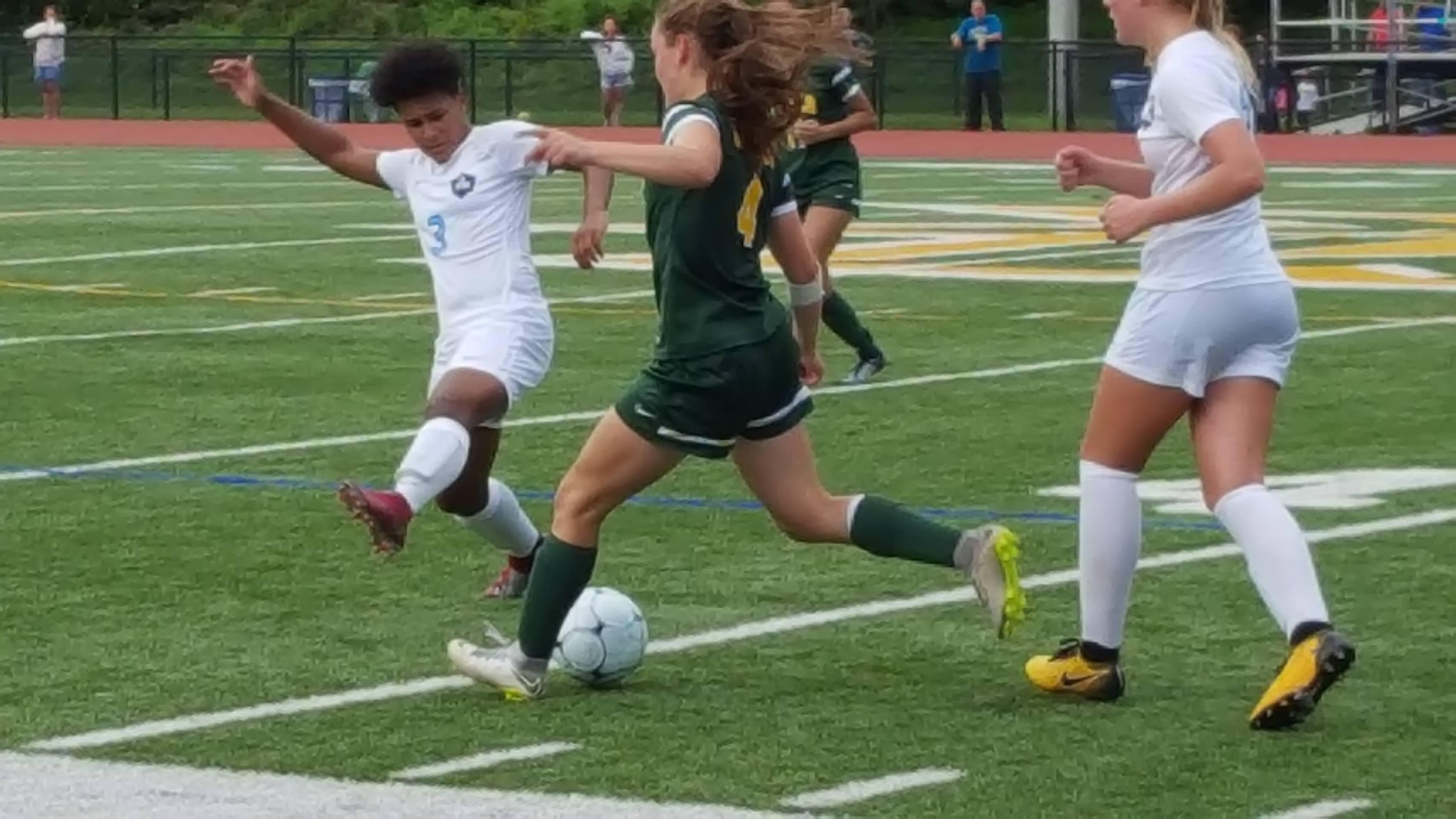 MKHS Girls Soccer 02.09152018.jpg