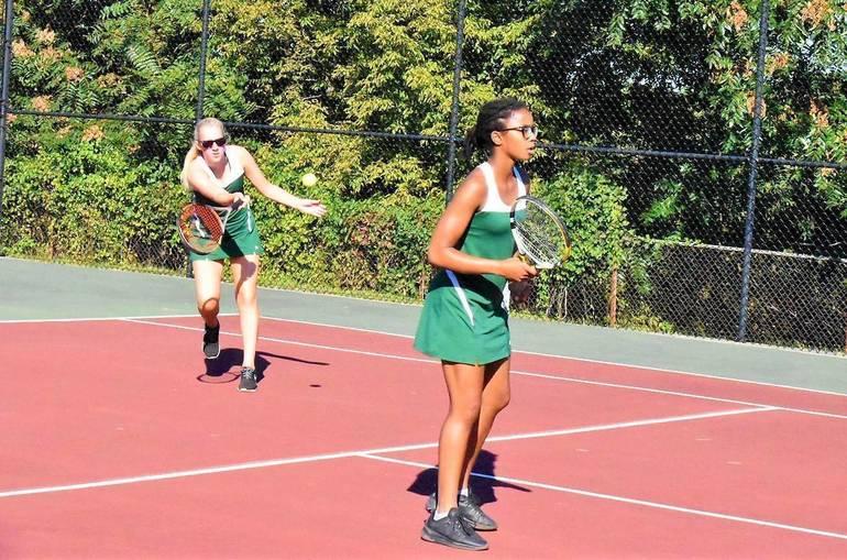 MKHS Tennis.Meghan Chegwidden and Gabrielle Thomas 01.JPG